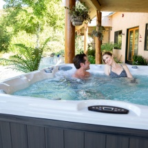 780 Series Hot Tubs