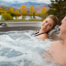 680 Series Hot Tubs