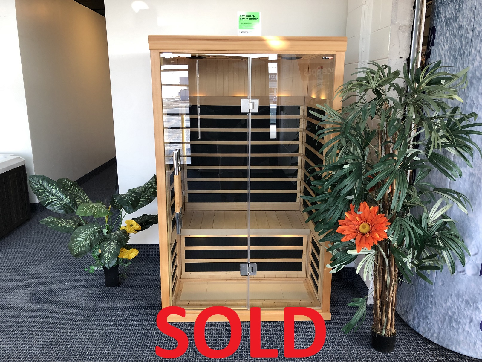 Finnleo infrared saunas 2 person sauna floor model special St Catharines Niagara Ontario