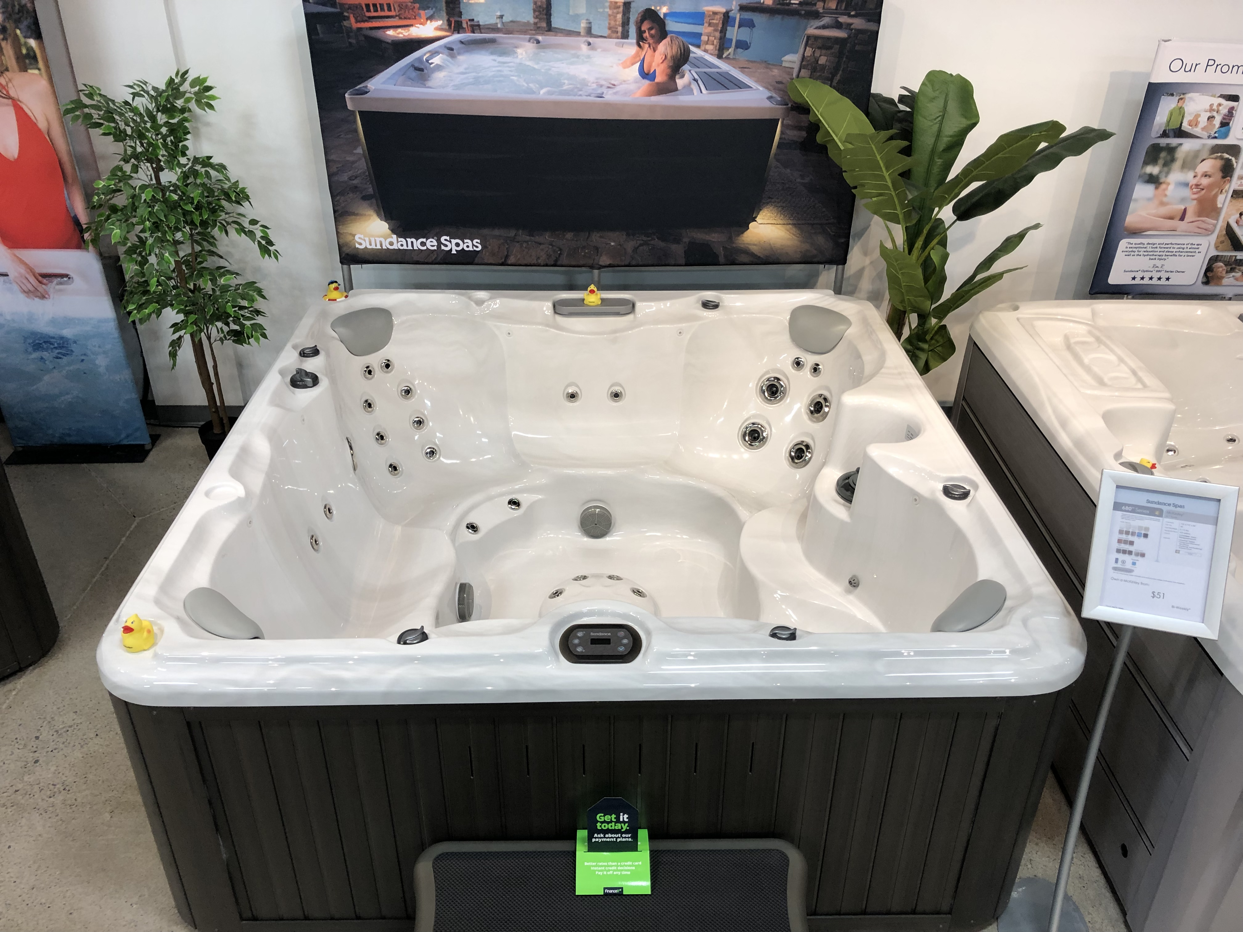 Sundance Spas McKinley 7 person hot tub spa jacuzzi whirlpool store near me Hamilton Ontario