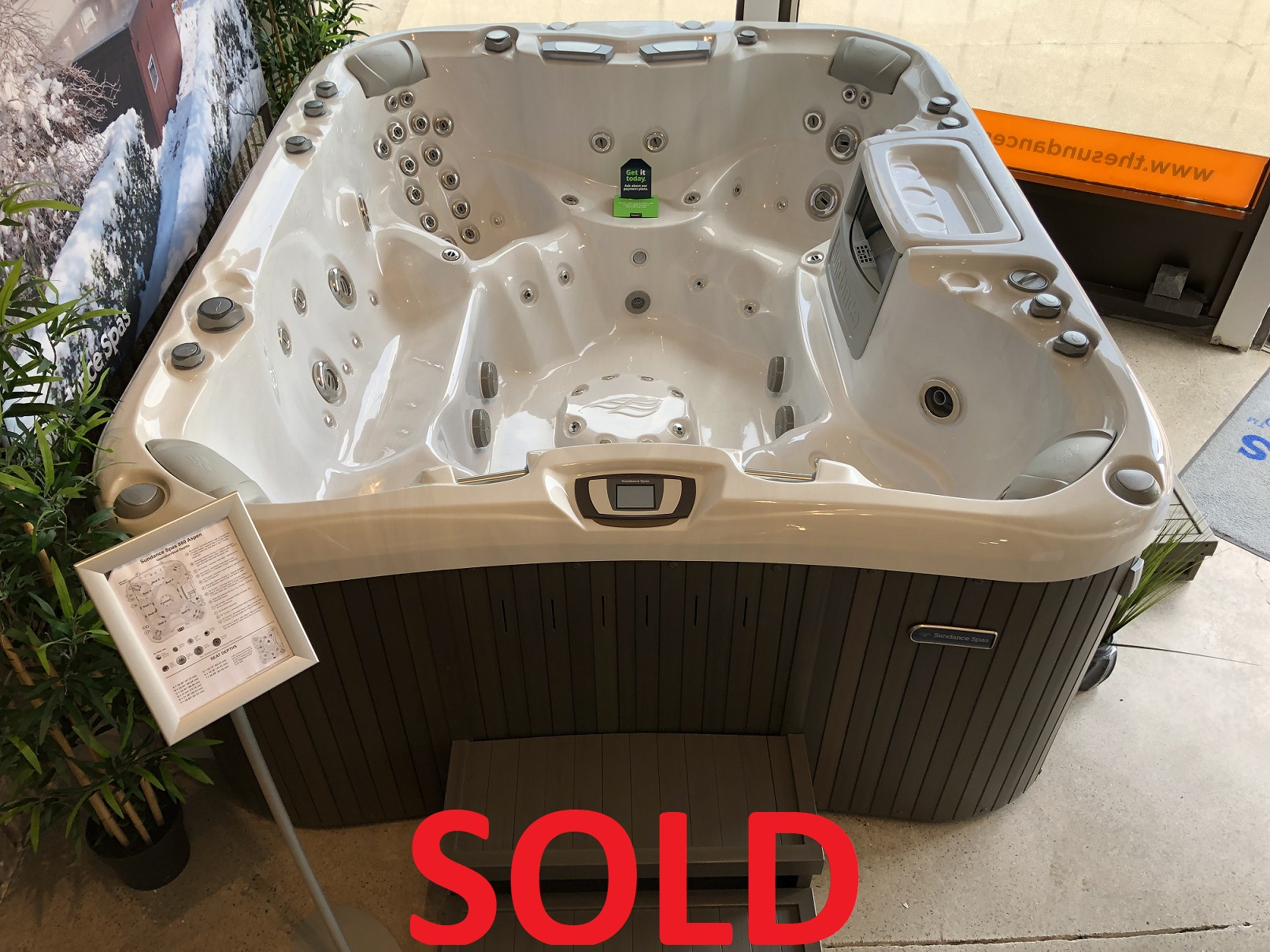 Sundance Spas 880 Series Aspen 8 person hot tub spa whirlpool jacuzzi near me Hamilton Ontario