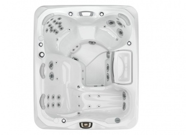 Image 2 for Marin® - 880™ Series Hot Tub at The Sundance Spa Stores